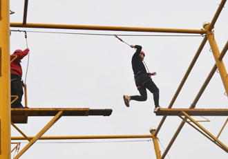 拓展培训活动是一种提高人体素质的体现
