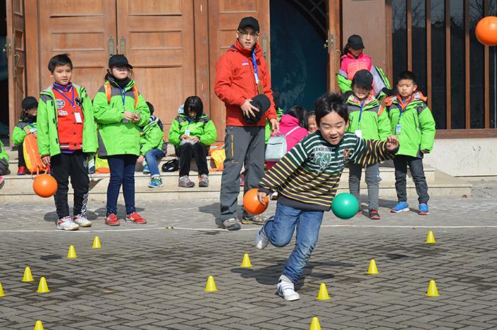 户外拓展训练对儿童的作用大吗? 拓展训练,拓展项目,户外拓展训练,众基,儿童拓展