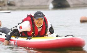 运动新项目——水上桨板